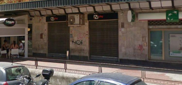 Negozio Via Diocleziano, 248-250
